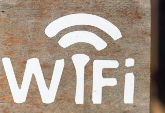 Piazza WiFi Italia, pubblicato il bando. Oltre 100 i Comuni digitalizzati