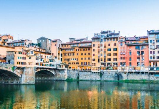 A Firenze non si costruisce più da sei mesi: dura denuncia degli architetti